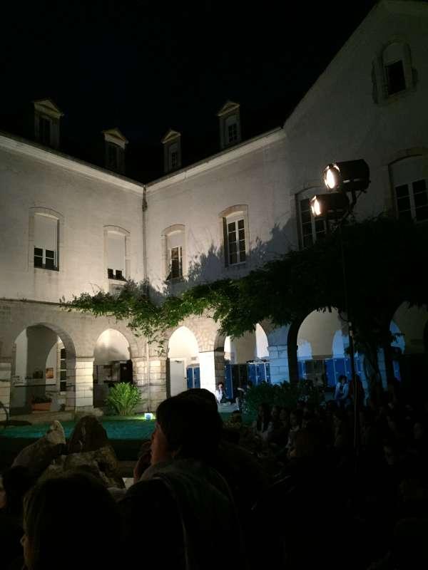 Juin-2017-soirée-théâtre-lycée-au-sein-du-cloître